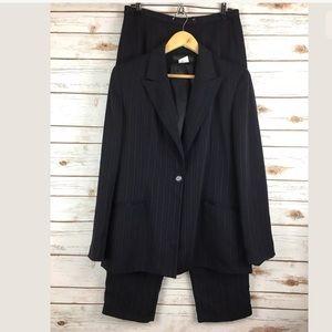 Harve Benard 2 Piece Black Pants Suit Size 10